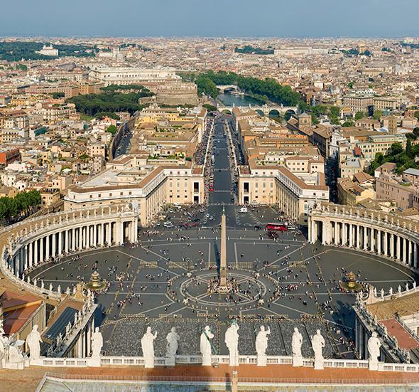 Apesar de pequeno, o Vaticano é considerado um país autônomo. Isso mesmo, dentro de Roma na Itália, um outro país independente. Foto de Diliff, via Wikimedia Commons.
